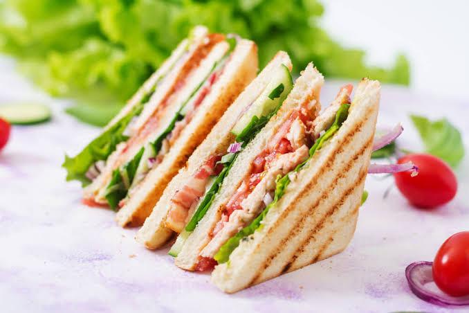 Non Veg Clucb Sandwich