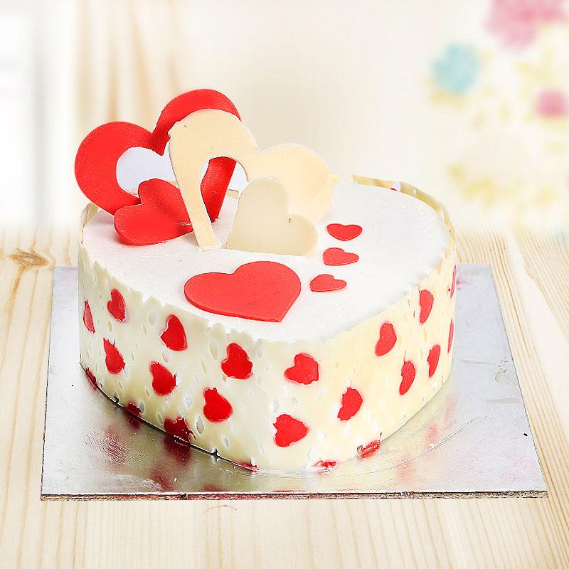 Heart shape Pineapple cake half kg